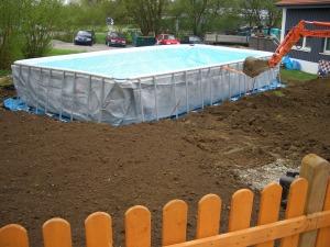 Baufortschritt und Pool_29.04.13 005